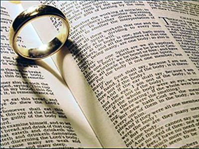 Пръстенът – символ на безкрая, властта и истинската любов