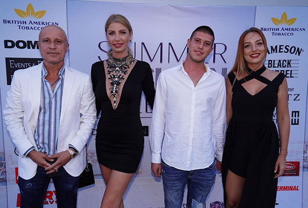 МОРСКИ БРИЗ И МОДНИ ТЕНДЕНЦИИ НА SUMMER FASHION WEEKEND