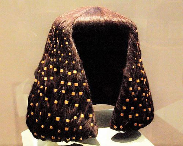 THE WIG FROM ANCIENT EGYPT TO TODAY – FASHION OR NECESSITY